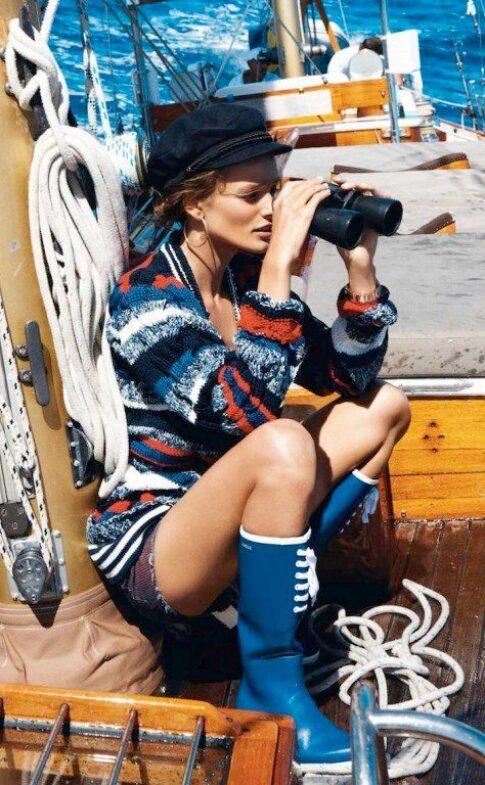 alldaychic.com Navy-Style-with-Edita-Vilkeviciute-For-Vogue-e3f202edf689a0714561d86ab648a313