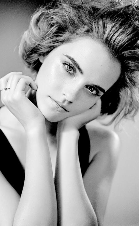 ewatsondaily.tumblr.com Emma-Watson3f2c8333bbcc7f3a88a06ca307484929