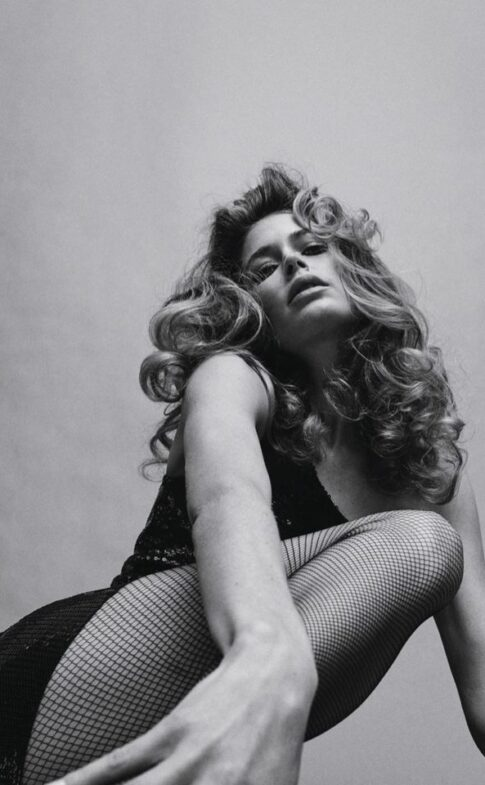 fashiongonerogue.com Doutzen-Kroes-Enchants-in-Black-and-White-for65d40e4059d261058995b7fb833a78fe